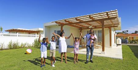 Campo Del Mar ll offer continues