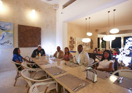 Humor show of the Dominican comedian Jochy Jochy at Restaurant Maria