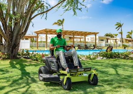 New electric lawn mowers