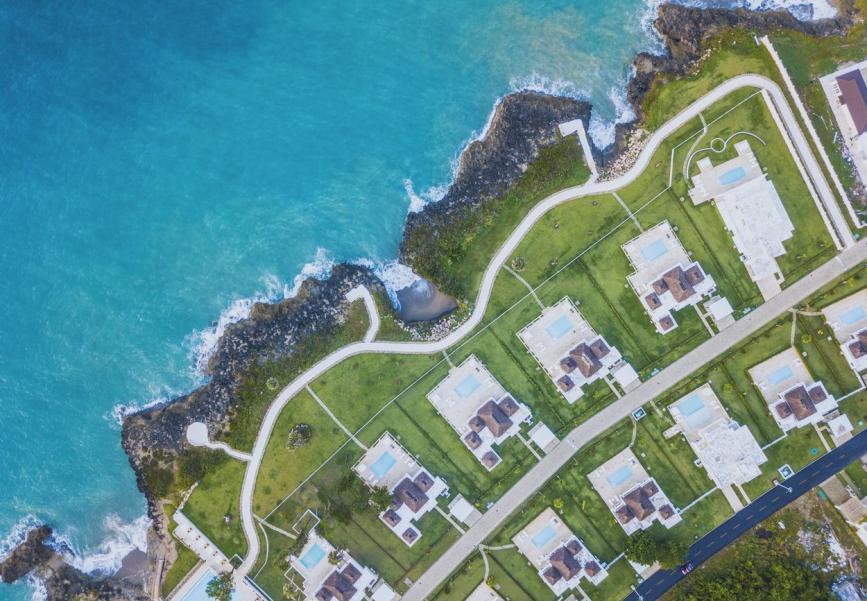 Ocean Village Deluxe