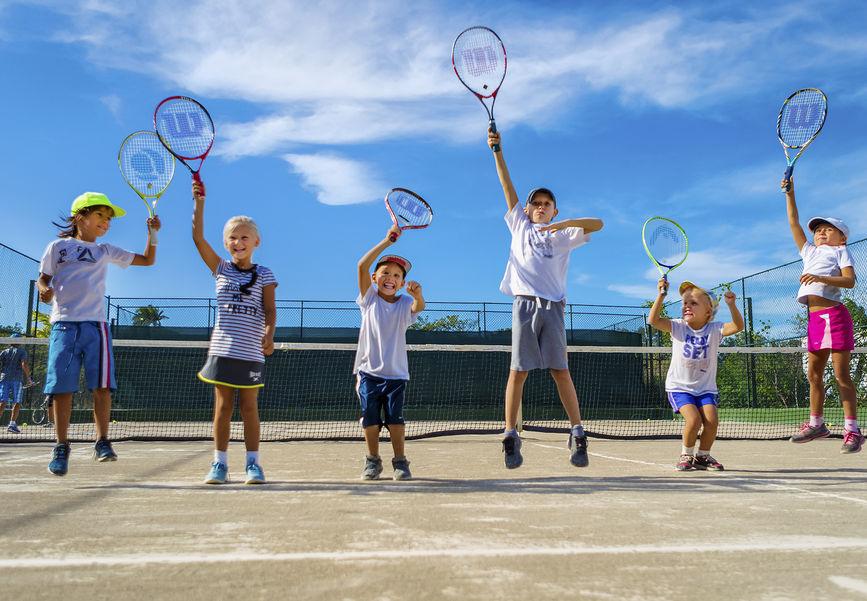 Школа тенниса в Сосуа